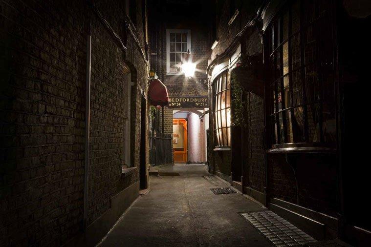Harry potter tour street