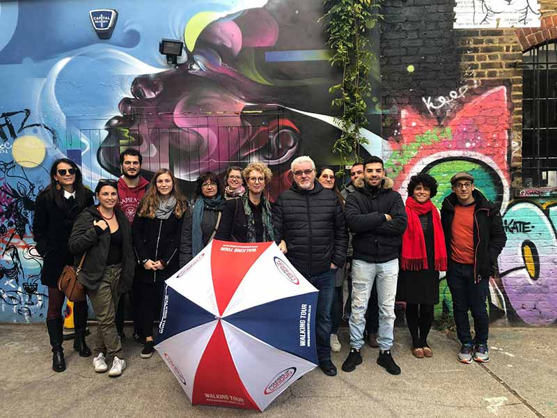 foto del tour street art a londra